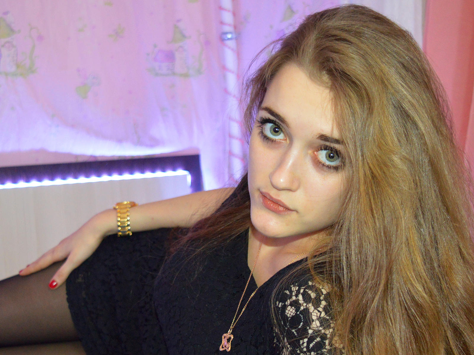 Russian cam model Tina_DOUS0N